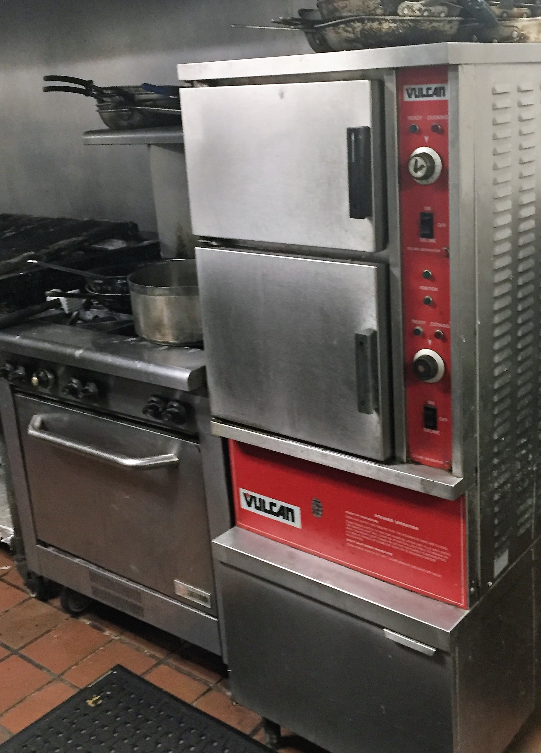 beautiful Kitchen Appliance Auction #9: This online auction hosted by BCLAuction.com ending on February 18, 2016 is  your opportunity to furnish your kitchen, bar, patio or own a piece of  Harryu0027s ...